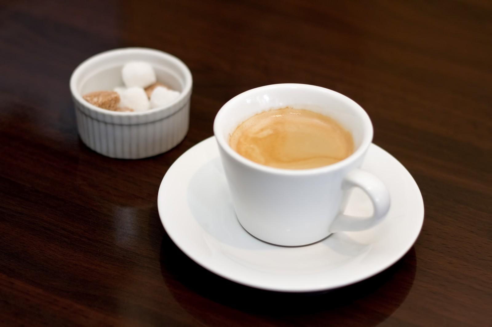 コーヒーに牛乳を入れて飲んだら何故かすごく酸っぱい味がした件
