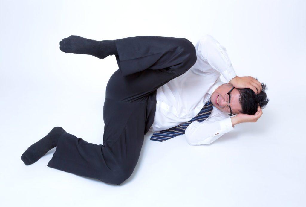 偏頭痛か緊張型頭痛か…寝起きの頭痛に悶絶する期間工