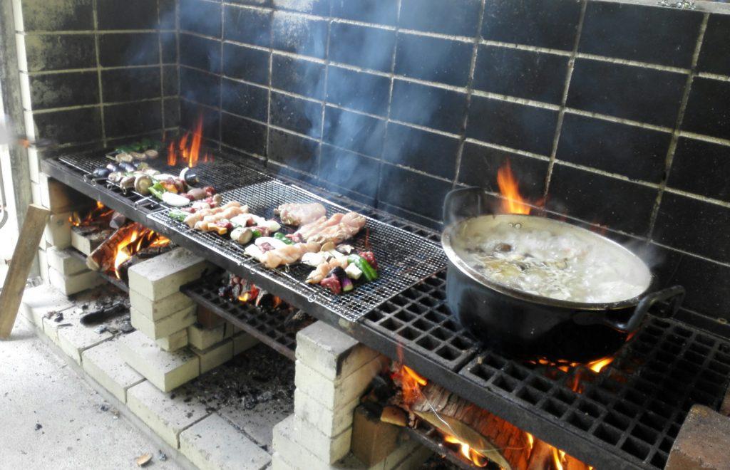金山の森キャンプ場炊事スペース