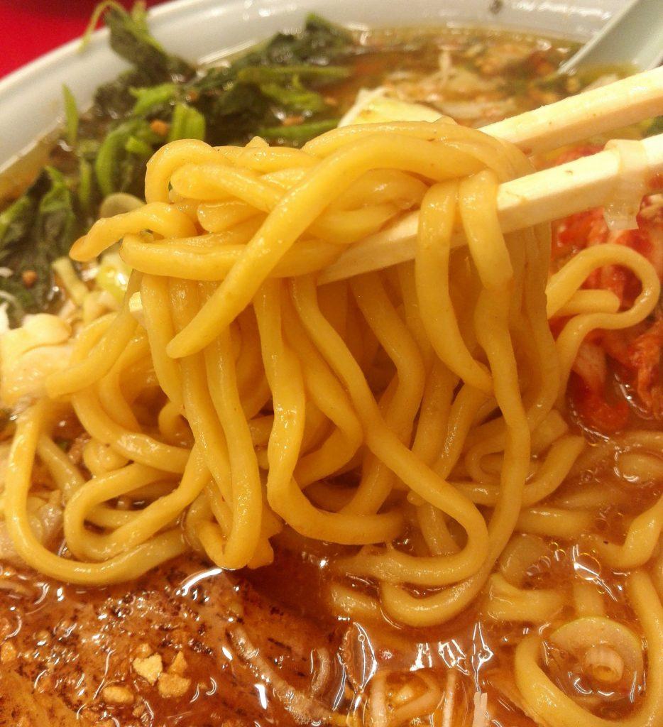 山岡家期間限定旨辛スタミナラーメンの麺