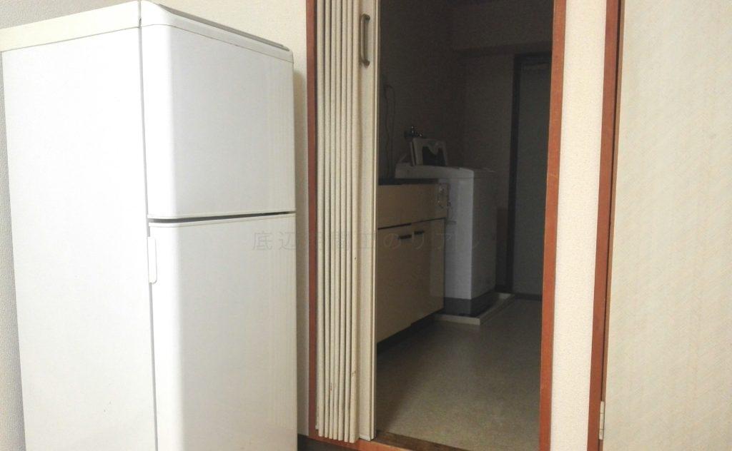 三菱自動車の期間工が生活する長久手寮の部屋画像3
